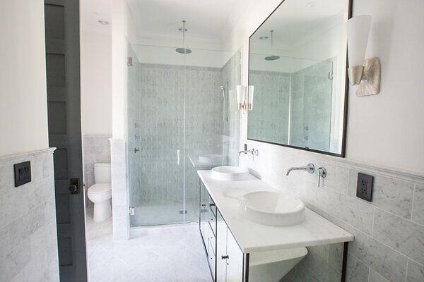 tile bathroom flooring